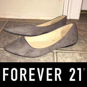 Forever 21 gray pointed toe flats